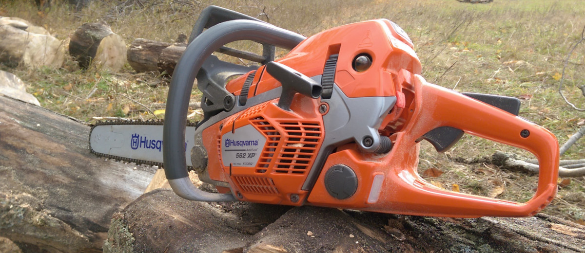 Husqvarna 562 xp chainsaw tool review busted wallet greentooth