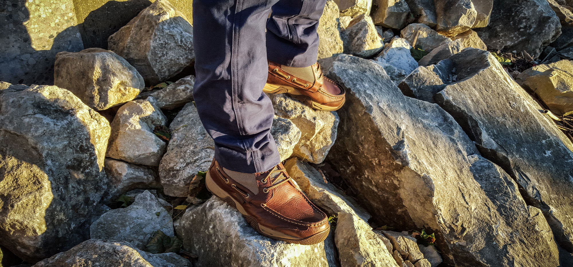 sperry-shoe-on-the-rocks_busted-wallet-review