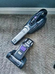 Black & Decker PET 2-IN-1 Vacuum Review