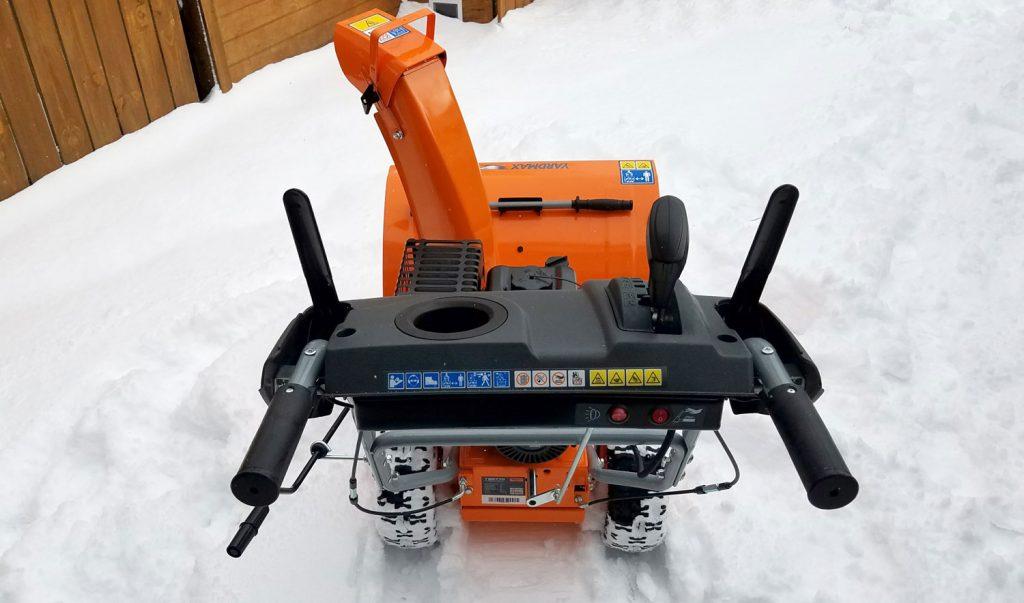 yardmax-snowblower-pov
