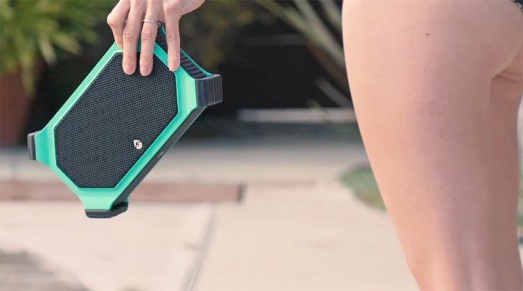 ecoslate-waterproof-bluetooth-speaker-7701
