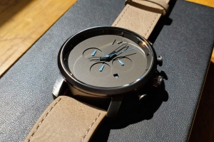 busted-wallet-review-mvmt-mens-watch-chrono
