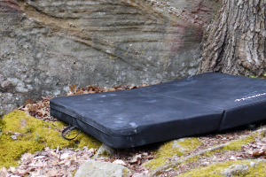 Metolius-Basic-Crash-Pad–Review-Hero-Final
