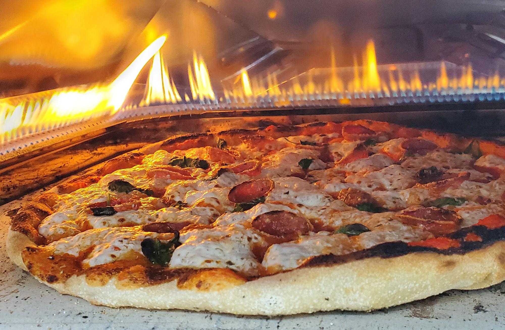 ooni-koda-16-pizza-fire